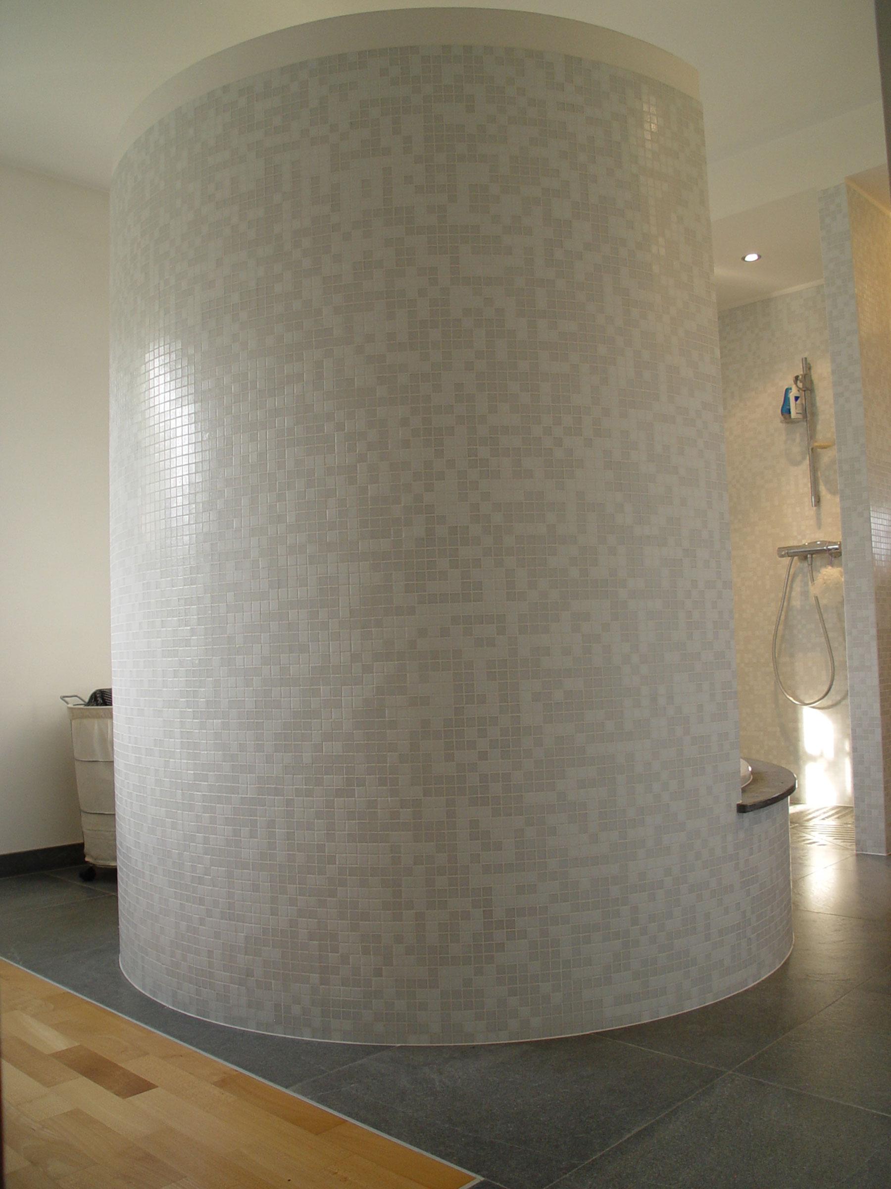 Salle de bain mur en verre douche l 39 italienne 12 mod for Mur en verre salle de bain